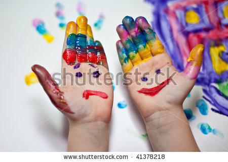1354314126_stockphotolittlechildrenhandsdoingfingerpaintingwithvariouscolors41378218 (450x321, 40Kb)