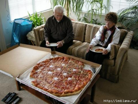 пицца великан (480x360, 98Kb)