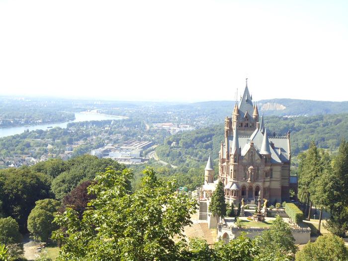 3554158_Schloss_Drachenberg0_5_ (700x525, 160Kb)