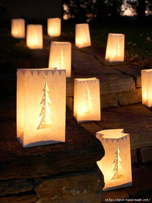 Let-It-Glow-Outdoor-Christmas-Lights-Decorating-Design-e1319576412360 (525x700, 159Kb)