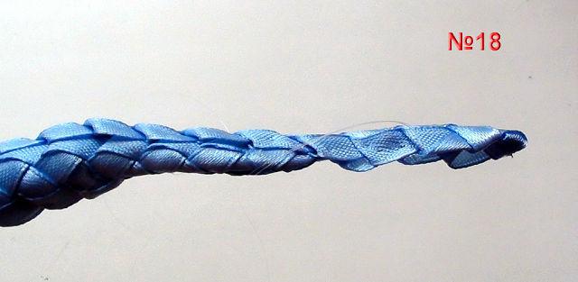 18.Хвост постепенно идет на сужение, за счет разной длинны фенечек. (640x313, 29Kb)