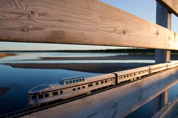 модель поезда канадец фото (700x467, 137Kb)