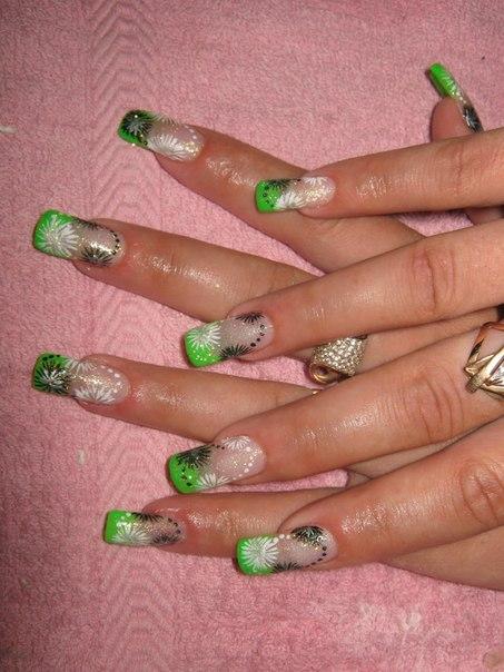 Рисунки на нарощенных ногтях летние
