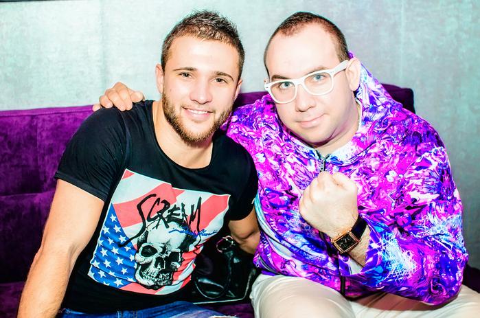 DJ Demid Rezin & Sergey Oblomov @ Club KIT (Russia, Samara) DSC_8198 (700x463, 364Kb)