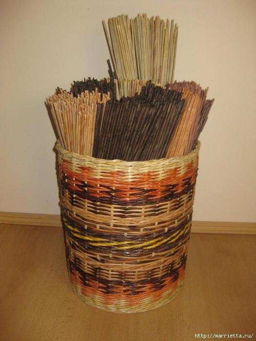Как и чем красить плетение из газета