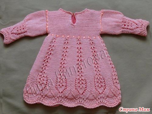 Вязать спицами платье для девочки