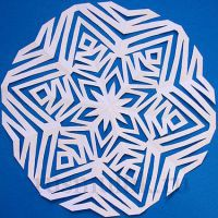 Снежки из бумаги как сделать