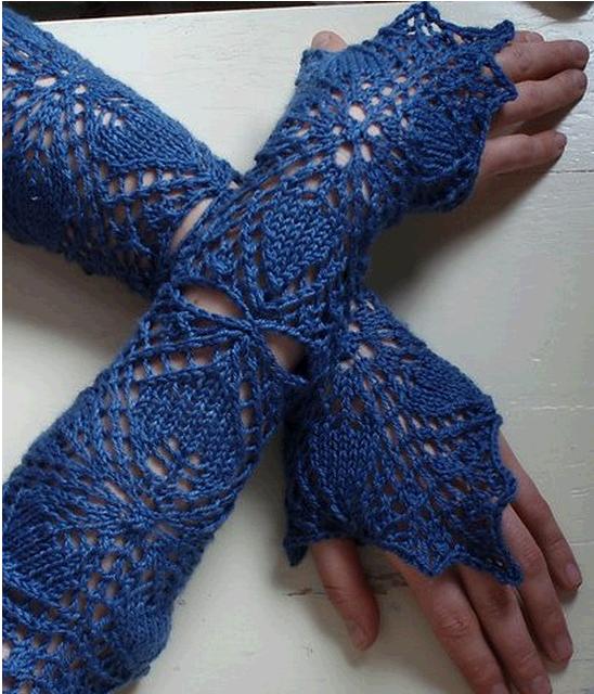 Ажурные перчатки из