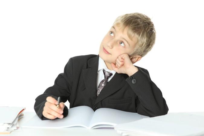 Картинки по запросу ученик пишет сочинение