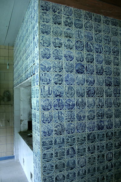 400px-Freilichtmuseum_Molfsee_Delfter_Fliesen_Barghaus (400x600, 78Kb)