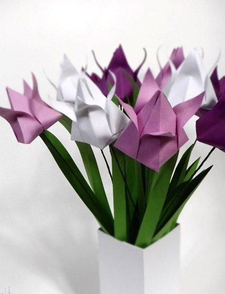 """Несложная схема оригами  """"Тюльпан """" подойдет для занятий с детьми и украсит интерьер."""