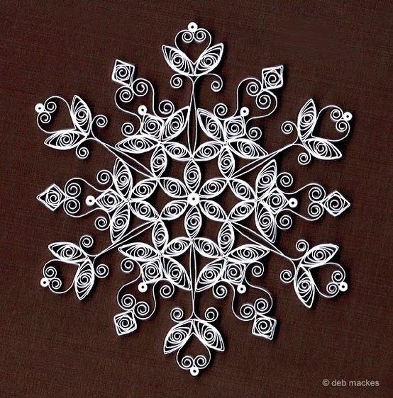 Бумажные снежинки (554x562, 108Kb)