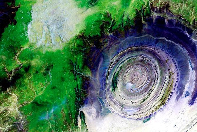 наса фотографии земли из космоса 4 (670x448, 120Kb)