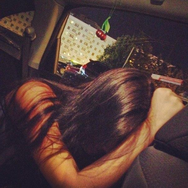 Секс в машине девственница без регистраций 11 фотография