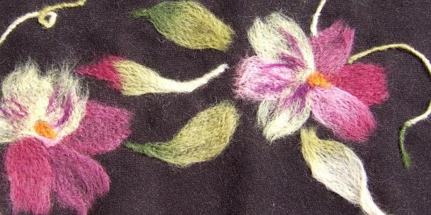 Рисунки шерстью на ткани