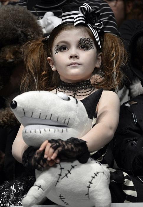 конкурс детской моды франкенвини фото 3 (485x700, 217Kb)