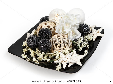 stock-photo-christmas-decoration-isolated-black-and-white-colors-clipping-path-40771642 (450x335, 89Kb)