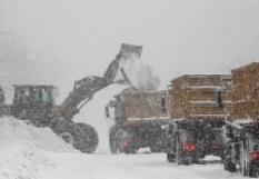 уборка снега (220x161, 26Kb)