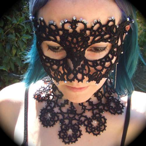 Tatted-Mask (500x500, 33Kb)