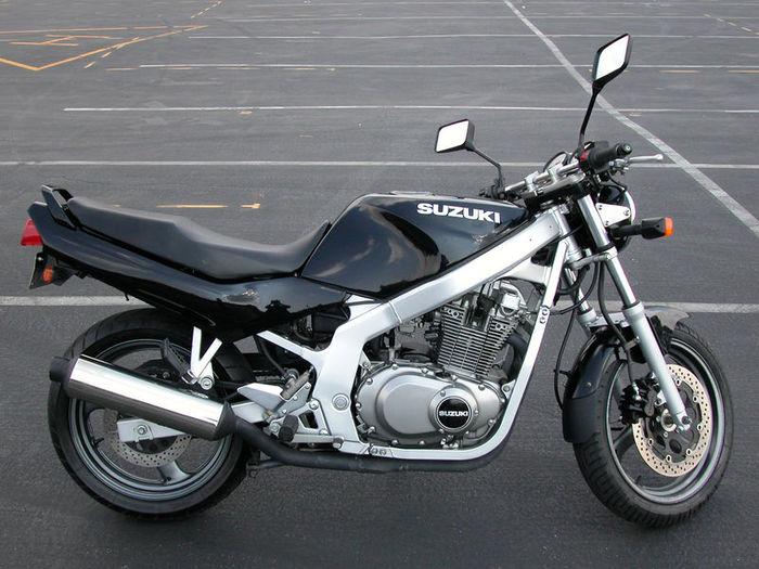 800px-1997SuzukiGS500E-001 (700x525, 82Kb)