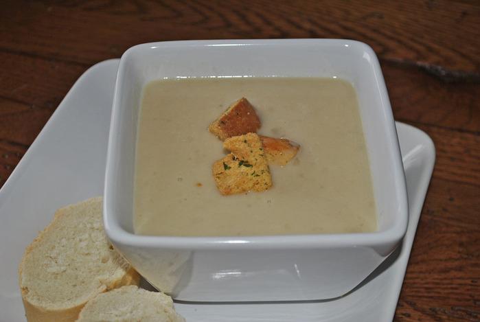 чесночный суп-пюре (700x469, 72Kb)
