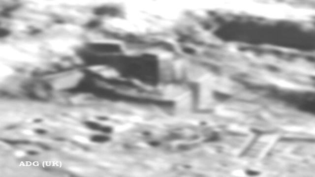 китайский спутник обнаружил постройки на луне/1355744815_luna (640x360, 45Kb)