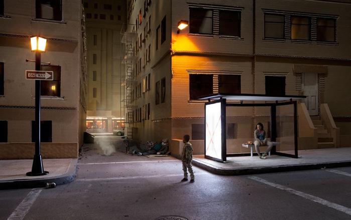 Кто стрелял в Санту? Сцены из картонных коробок