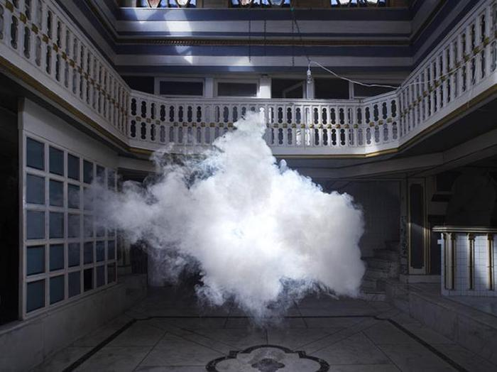 Искусственные облака в помещении