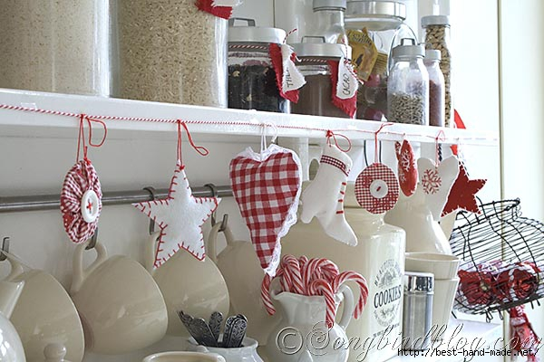 fabric-ornament-red-white-garland-kitchen (600x400, 159Kb)