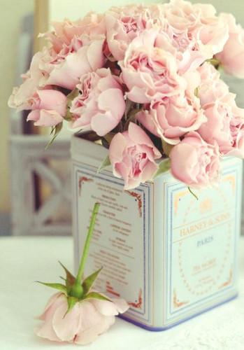 pink,roses,decoration,flowers-c905a6ea3c62607c6ee542f6c5547095_h (349x500, 51Kb)