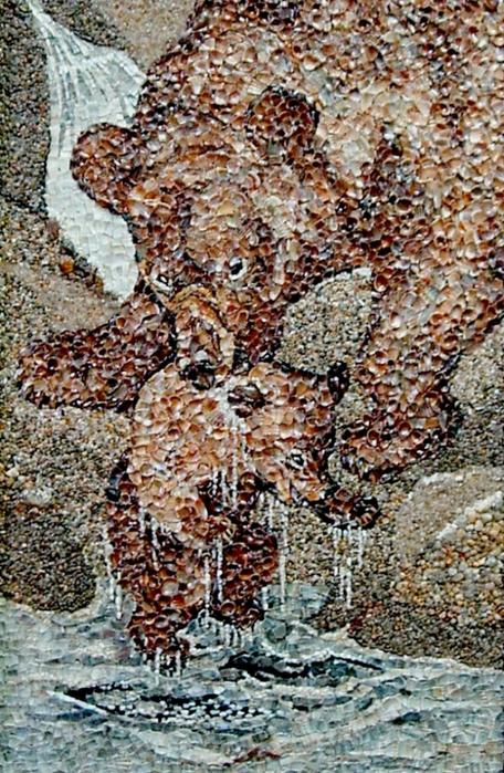 Картины из ракушек, песка и морской гальки.