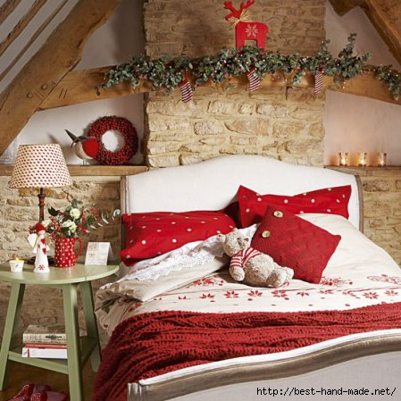 homemade-christmas-christmas-bedroom-country-homes-interiors-roomenvy1 1 (449x449, 144Kb)