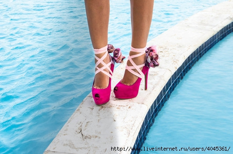 4045361_pink_7_heelcondoms_summer_2012__mfmasso_large (480x318, 117Kb)
