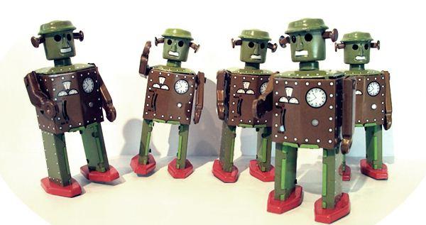 Как роботы вытесняют людей на рынке труда и в жизни Фотографии