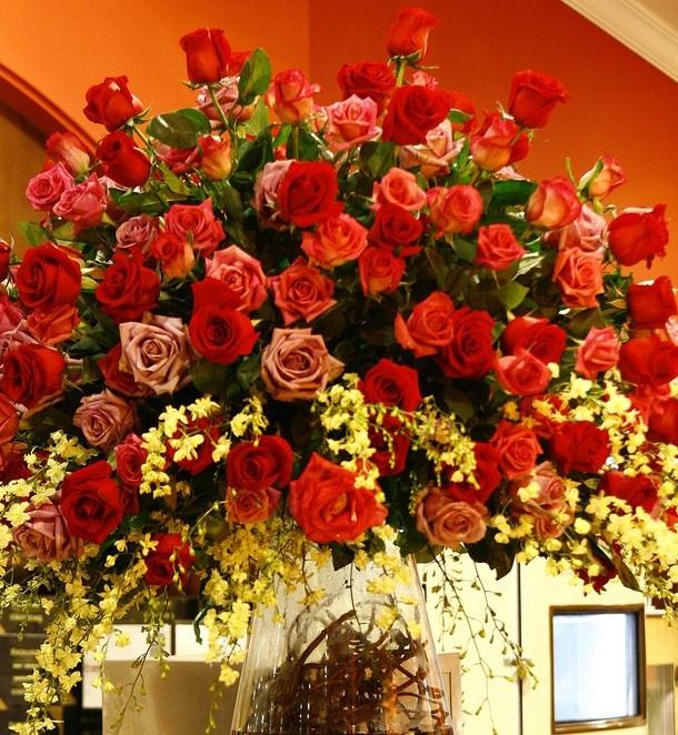 розы для торжества (610x662, 165Kb)
