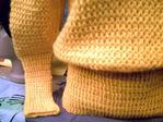 Превью Желтый пуловер1 (700x525, 57Kb)
