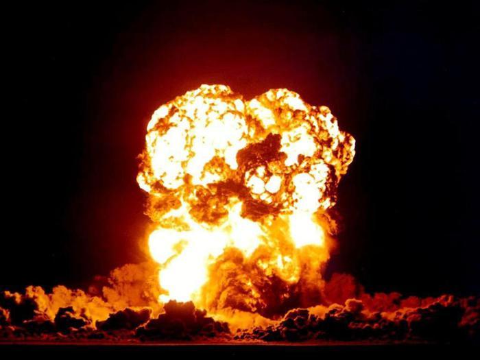 Bomb (700x525, 36Kb)