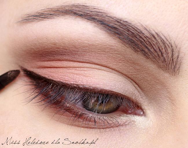 Фото макияжа глаз с коричневым карандашом