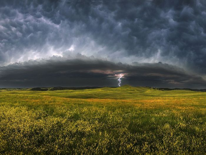 storm-clouds-south-dakota_23945_990x742 (700x525, 77Kb)