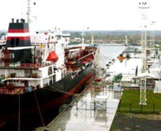 Калининградский порт (321x260, 20Kb)