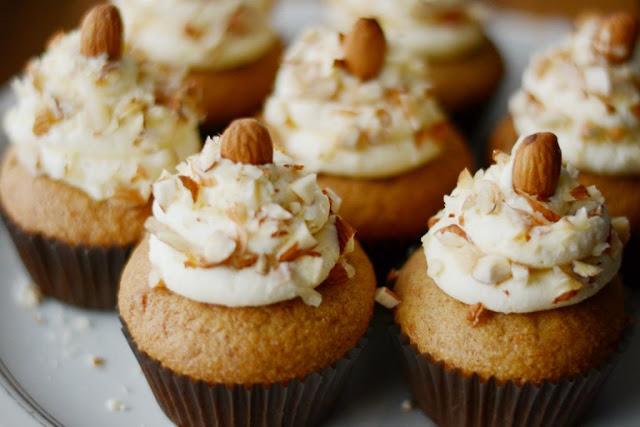 Капкейки с орехами рецепт