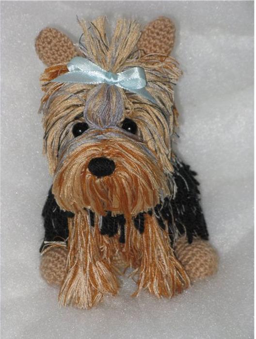 вязанная-игрушка-собачка-Йорк (528x700, 116Kb)