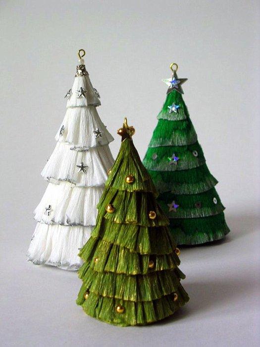 Из чего можно сделать новогоднюю ёлку своими руками