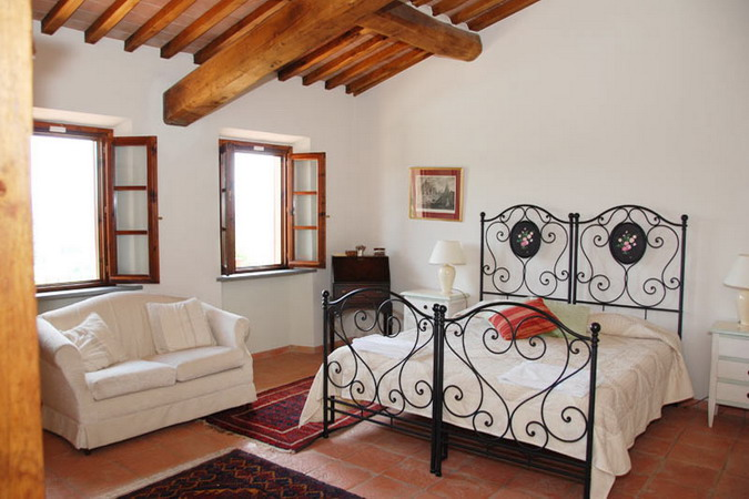 4497432_italiantraditionalbedroomsdetails11 (675x450, 83Kb)