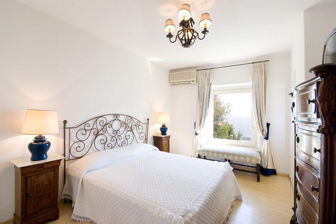 4497432_italiantraditionalbedroomsdetails19 (675x450, 69Kb)
