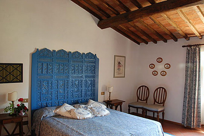 4497432_italiantraditionalbedroomsdetails31 (675x450, 107Kb)