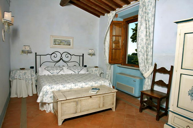 4497432_italiantraditionalbedroomscolor53 (675x450, 86Kb)