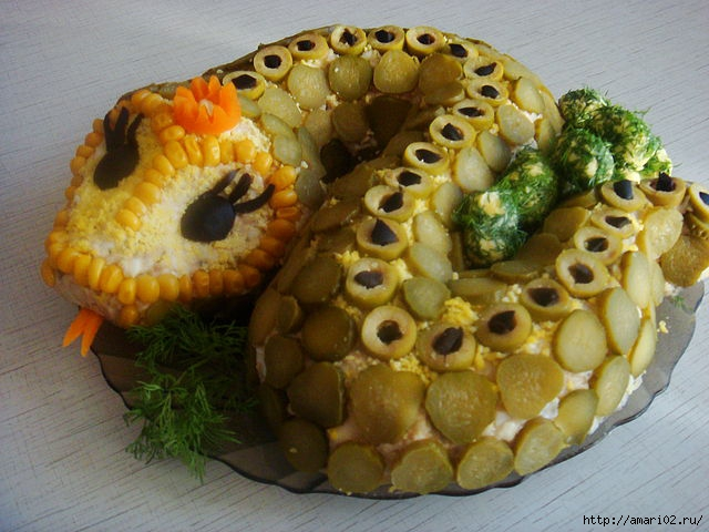 How to Make a Snake with Russian Salad.