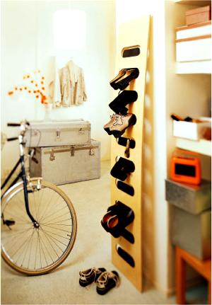 Полка для обуви из досок