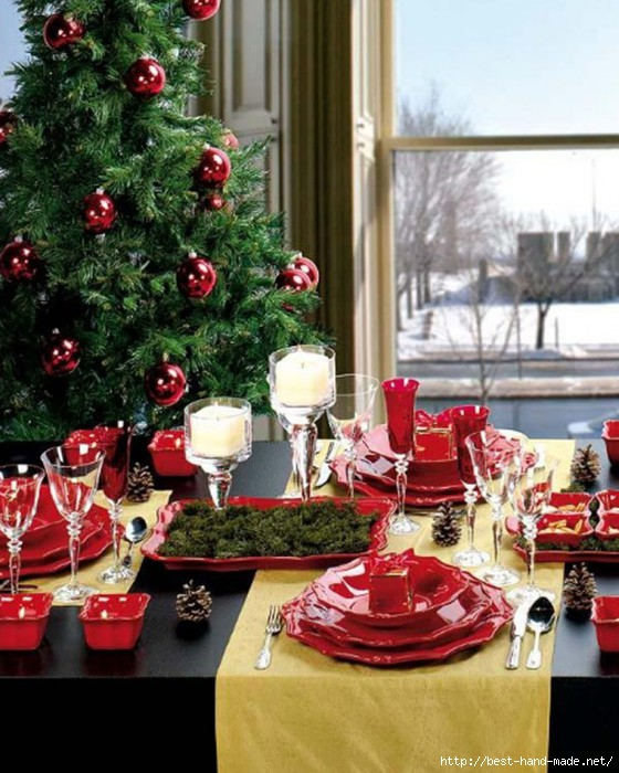 Charming-Christmas-Table-Yellow-Runner-with-Christmas-Tree-600x750 (560x700, 235Kb)